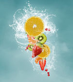 Fresh fruits splash — Stockfoto