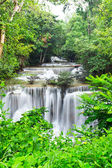 Water fall , hua mae kamin level 4 kanchanaburi thailand — Stock Photo