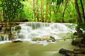 Water fall , hua mae kamin level 6 kanchanaburi thailand — Stock Photo