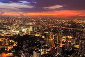 Vista aérea de bangkok en la noche de Crepúsculo — Foto de Stock