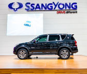 BANGKOK-DEC 03: Ssangyong Rexton on Display at Thailand Internat — Stock Photo