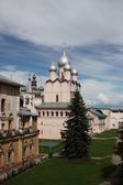 Rostov Veliky. Rostov Kremlin. Church of the Resurrection of Our Lord. — Stock Photo