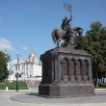 The monument to Prince Vladimir and the saint Fyodor - Baptist of land Vladimir. Russia, Vladimir. — Stock Photo