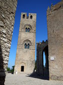 Glimpse of the Chiesa Matrice of Erice — Stock Photo