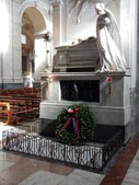 Vincenzo Bellini's tomb in the cathedral of Catania — Stock Photo