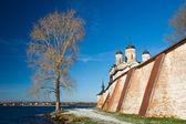 Un monumento arquitectónico del norte ruso. — Foto de Stock