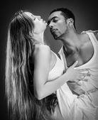 Monochrome portrait of a passionate couple — Foto Stock