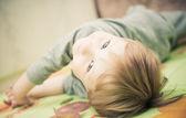 Ritratto di ragazzo giocherellone — Foto Stock