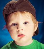 Cute kid in hat — Stockfoto