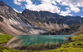 Mountain Lake emerald — Stock Photo