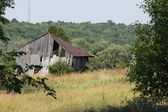 Old Barn in Field — Stock Photo
