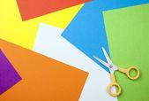 Sfondo di carta con le forbici — Foto Stock
