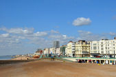 Brighton England - The Town and Beach On A Spring Day — Stock Photo