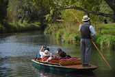 Punting Down The River — Stockfoto