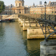 Mid Morning at Pont Des Arts Bridge & Institut de France Buildin — Stock Photo