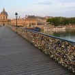The hundreds of thousands of Locks on the Pont Des Arts Bridge, — Stock Photo
