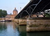 Pont Des Arts Bridge & Institut de France Building, Paris France — Stock Photo