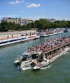 Tourists on a Seine River Boat Tour of Paris, France. — Stock Photo