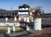 Christchurch Earthquake Rebuild - Demolition Sculpture on High S — Stock Photo