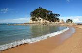 ゴールデン サンズ & カイテリテリ、ニュージーランドのビーチ. — ストック写真