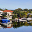 Noosa Waters Houses, Canal, Boats & Jetty, Queensland Australia — Stock Photo