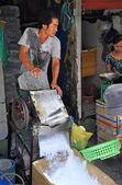 Ice Shaving Machine at Ben Tanh Market. — Stock fotografie