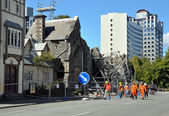 Christchurch Earthquake - Engineers Assess the Damage. — Stock Photo