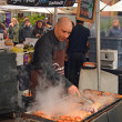 Man Cooking Kebabs at The Rocks Saturday Morning Market — Stock Photo #50090895