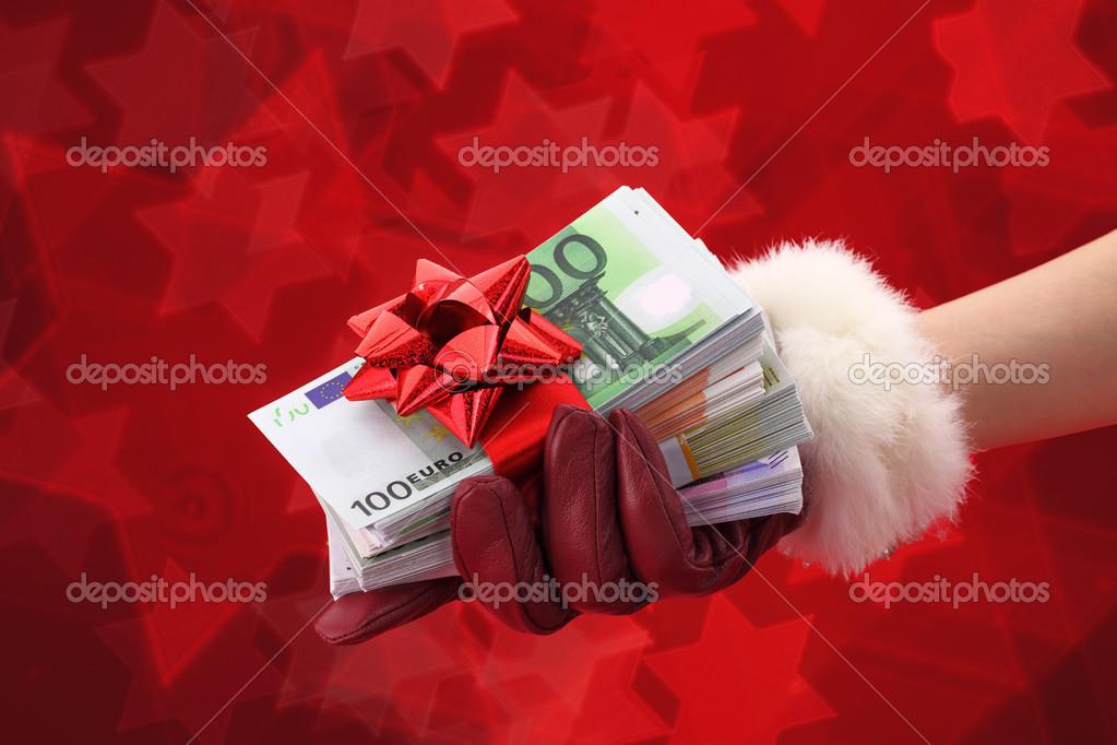 Заговор для того чтобы дарил подарки