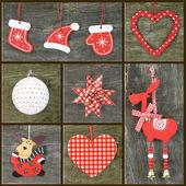 Ornamenti di natale su fondo in legno — Foto Stock