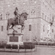 Cosimo I de Medici Equestrian Statue by Giambologna and Neptune — Stock Photo