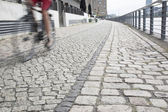 Cyclist on the Embankment of the River Spree, Berlin — Stock Photo
