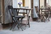 クラクフにカフェ テーブルや椅子 — ストック写真