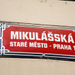 Foto Stock: MikulasskStreet Sign, Stare Mesto Neighborhood, Prague