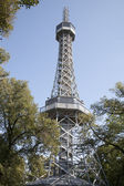 Lookout Tower, Petrin Hill Park, Prague — 图库照片