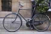 Black Bike in Cambridge — Stock Photo