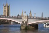 Big Ben and the Houses of Parliament with Lambeth Bridge, London — Stock Photo