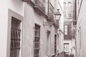 Typical Street in Santa Cruz Neighborhood, Seville — Foto Stock