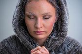 Kadın dua. — Stok fotoğraf