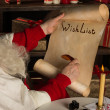 Letter in Santa Claus hands — 图库照片