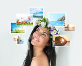 Woman with travel vacation memories — Stock Photo