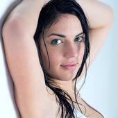 Kobieta z mokrych włosów — Zdjęcie stockowe