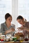 Women cooking — Stock Photo