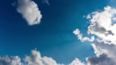 Lapso de tiempo de sol, el cielo y las nubes — Vídeo de stock