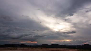 Stormy Sunset — Stock Video