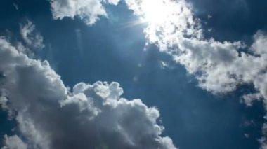 Sun, Sky and Clouds Time Lapse 2 — Vídeo de Stock