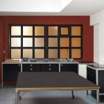 Loft kitchen and windows frames — Stock Photo