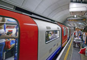 Travelers  at Oxford Circus underground station — Foto Stock