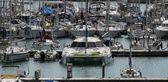 Widok luksusowych jachtów w marinie — Zdjęcie stockowe