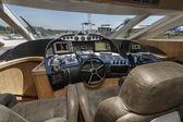 Italy, Alfamarine 78 luxury yacht - driving consolle — Stock Photo